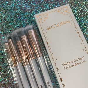 CROWN BRUSH 5 PC all eyes on you set